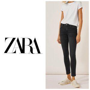 ZARA Trafaluc Black Skinny Jeans